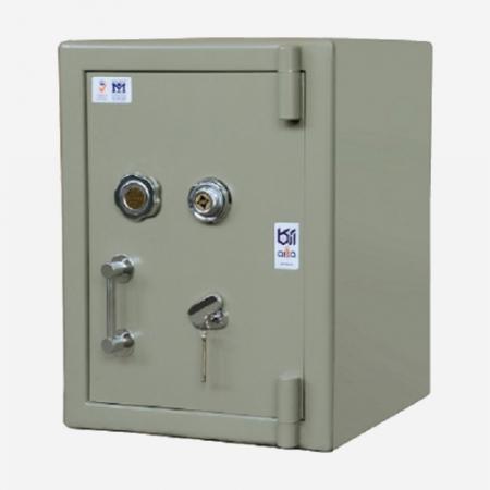 گاوصندوق اداری ضدسرقت آرکا مدل 350/1MZ