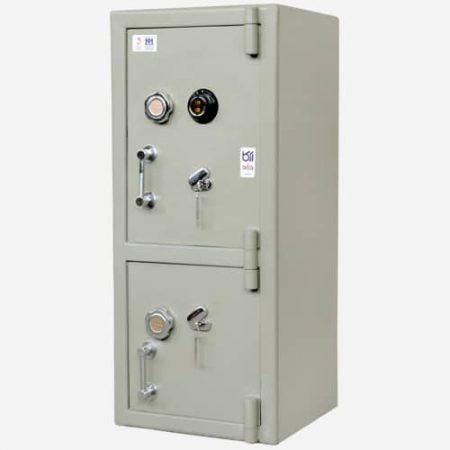 گاو صندوق دوطبقه رمزدار آرکا مدل 550MZ